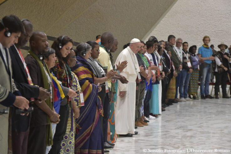 Rencontre avec les mouvements populaires © L'Osservatore Romano