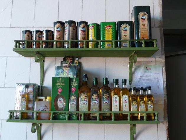 Les bouteilles d'huile d'olive de mon village