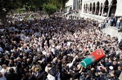 وداعا لآخر العثمانيين