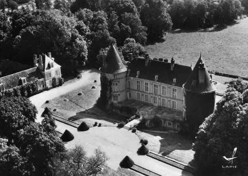 Photos : Château de Chantemesle - CRGPG