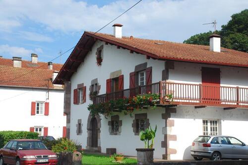 St Etienne de Baïgory maison à linteaux