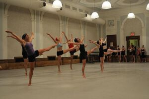 dance ballet class oberon's grove