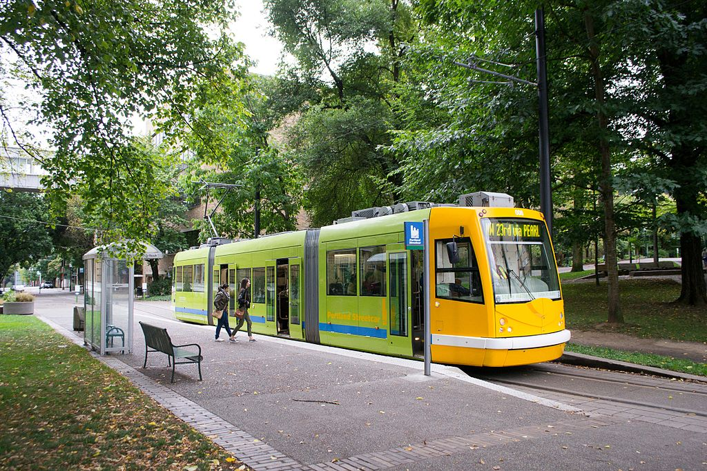 streetcar and orchard Singapore is known for interesting sites like orchard road agodacom has secured the lowest rates at hotels near many other famous streets whether it's the hotel supreme or the grand hyatt singapore, many hotels are available for you near orchard road.