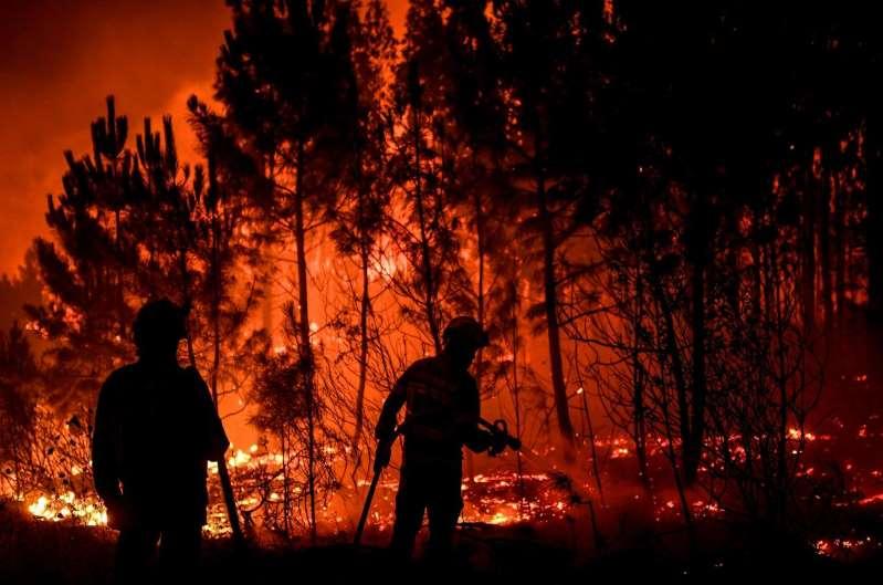 Incendies au Portugal : 31 blessés, le feu maîtrisé «à 90 %»