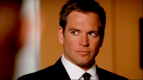 photo Tony-anthony-tony-dinozzo-31013991-500-281_zpsx2swnopj.png