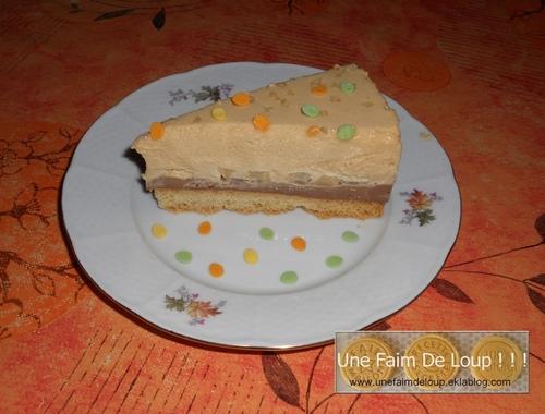 Entremet praliné / dés de poire sur mousse caramel beurre salé et palet breton