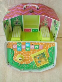 La Barbie Tutti et ses maisons