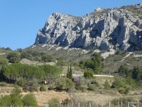 Cette image fait penser à la Provence