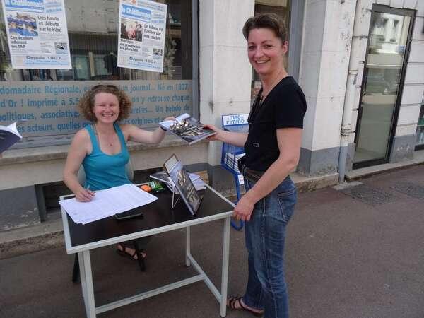 """Pascaline Kromicheff a dédicacé son très beau livre """"Abécédaire amoureux de Châtillon sur Seine""""..."""