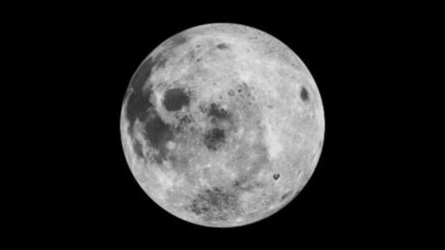 La Lune constamment bombardée