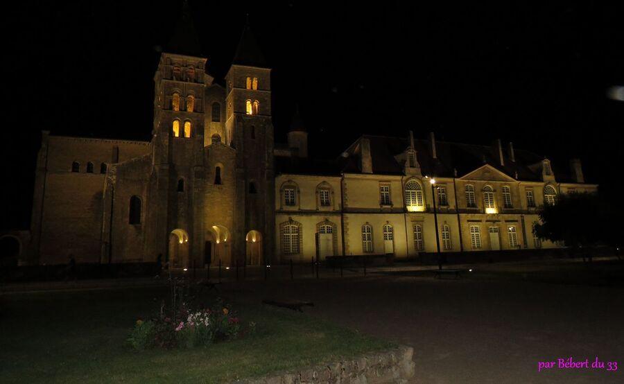 le soir à Paray le Monial (71) -4