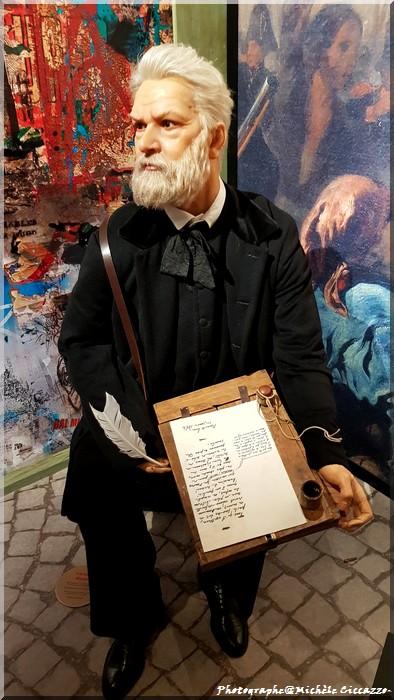 Musée Grévin - Paris - rois, hommes de lettres, scientifiques, empereur ...