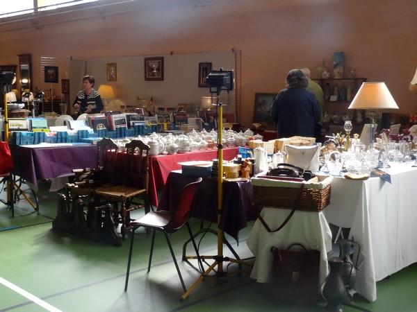 Un très beau Salon des Antiquaires, initié par le Lions Club, a eu lieu à Châtillon sur Seine