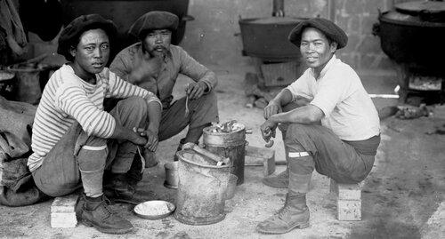 1916 Travailleurs étrangers indochinois - Annamites à Saint-Raphaël