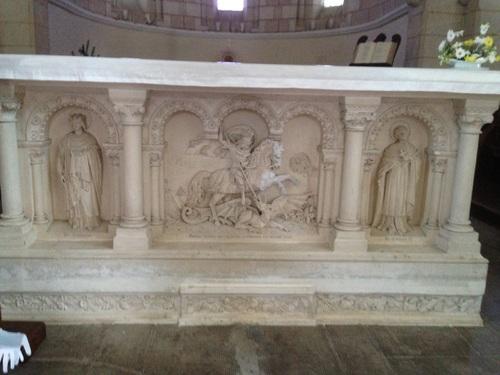 St Georges de Baillargeaux, St Georges terrassant le dragon