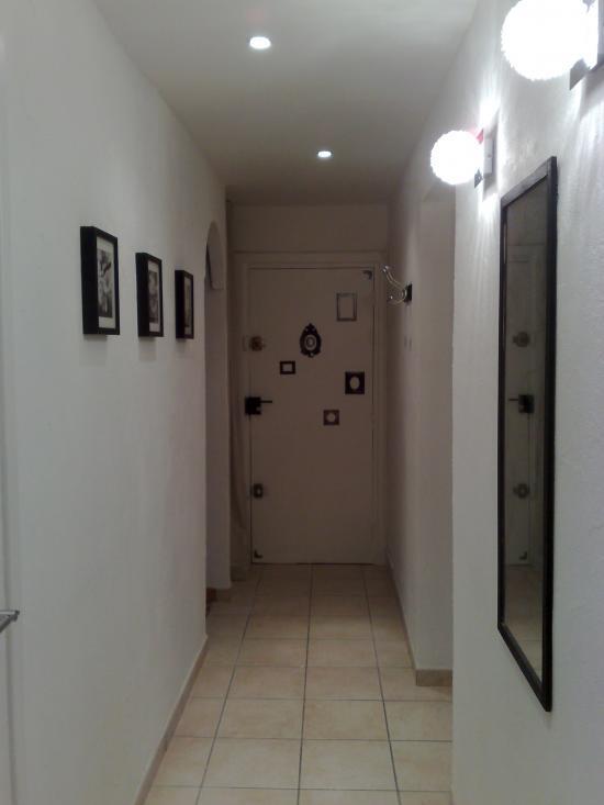 Le couloir - Appartement 3 pièces à BRON (69)