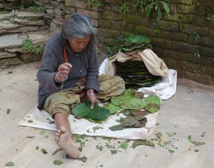 Fabrication traditionnelle d'assiettes