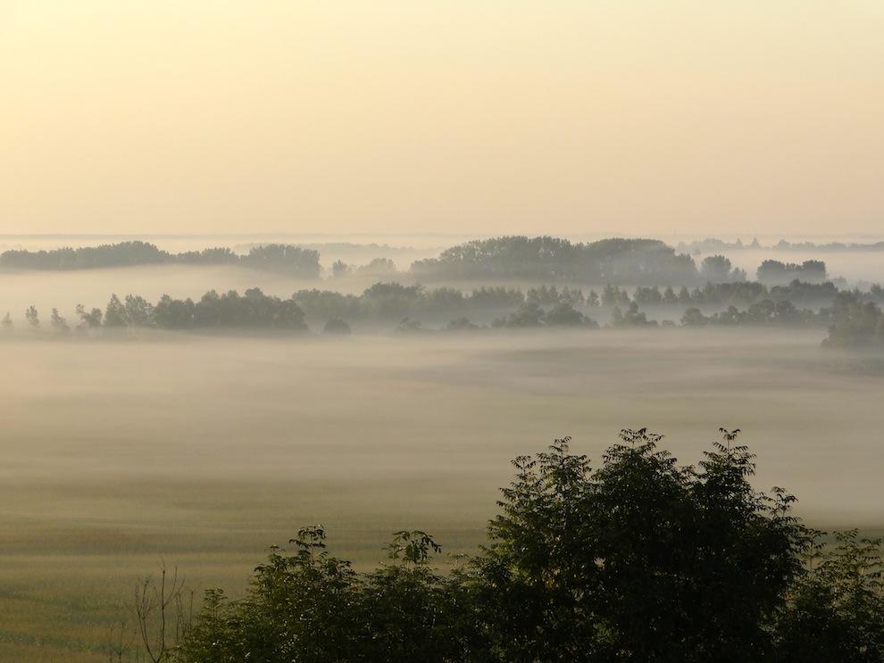 ca y est voila le brouillard ce matin à 7 heures...ensuite lever de soleil...
