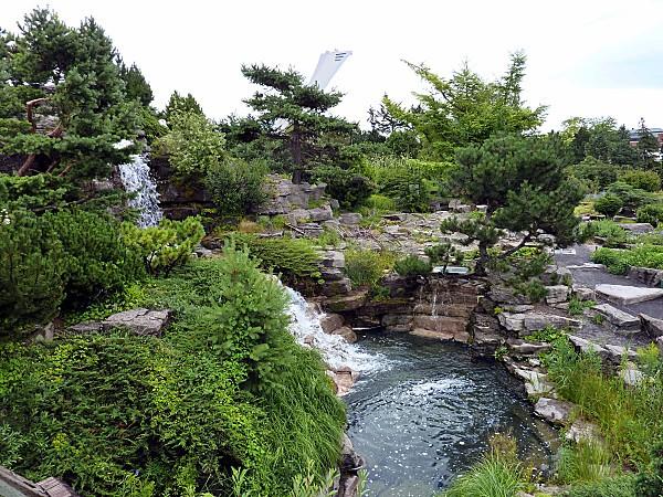 Montreal-jardin-botanique-alpinb.jpg