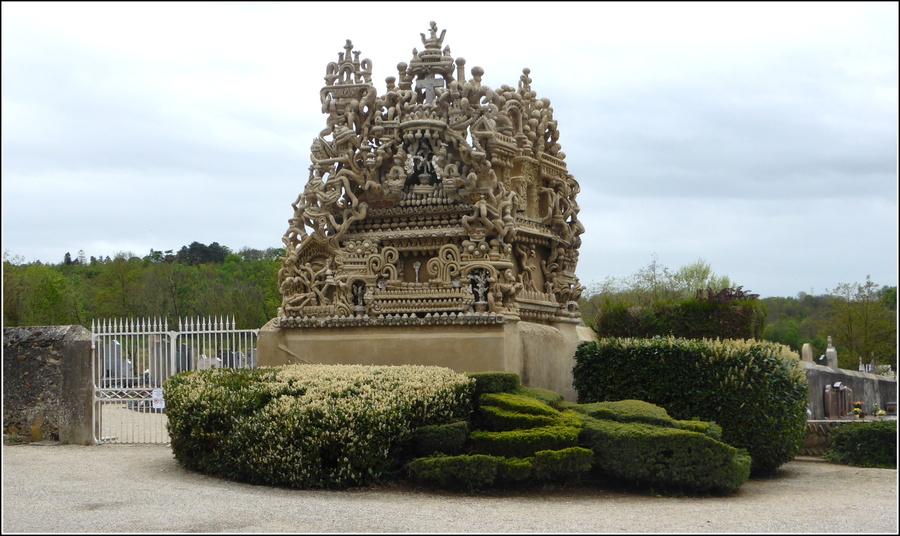 A la découverte du Palais du Facteur Cheval : N°4