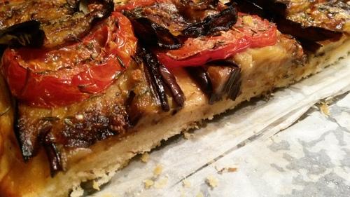 Tarte aux aubergines grillées et au pesto