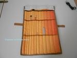 Porte aiguilles à tricoter ouvert, trois compartiments de dimensions différentes en hauteur, avec linéaires pour ranger chaque jeux d'aiguille de N° différents