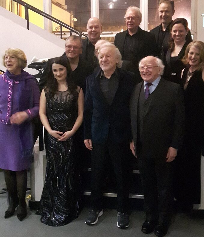 Le Président, Colm Wilkinson , ses chanteuses et son groupe   NCH 2 Fév 2017