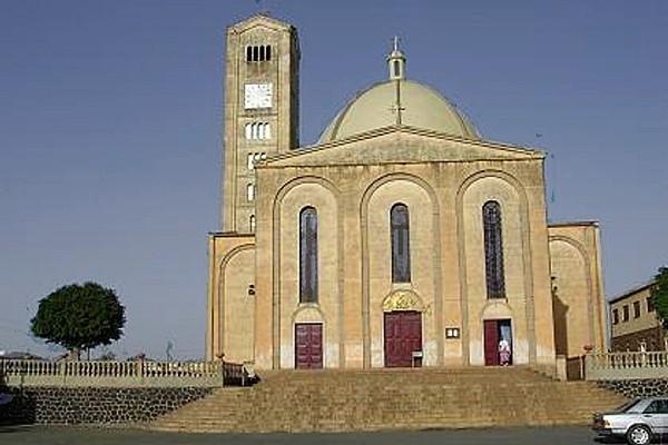 Asmara-church2