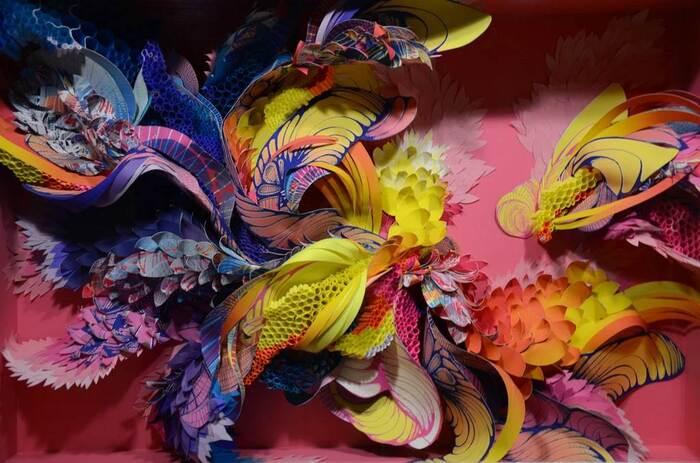 Superbes Sculptures En Papier Multicolore -  Par L'Artiste Crystal Wagner -