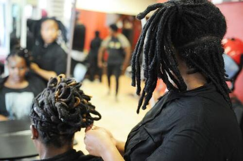 Thieves want your weaves, dreadlocks