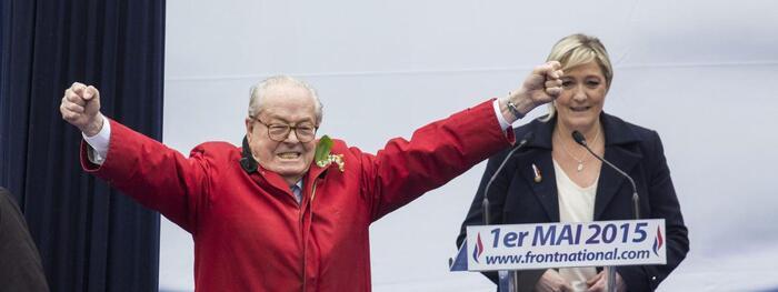 Jean-Marie Le Pen va aider sa fille à financer sa campagne présidentielle… Quelle bouffonnerie… Quelle hypocrisie…