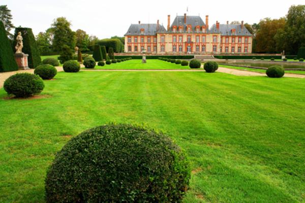 Le château de Breteuil dans les Yvelines (FIN)