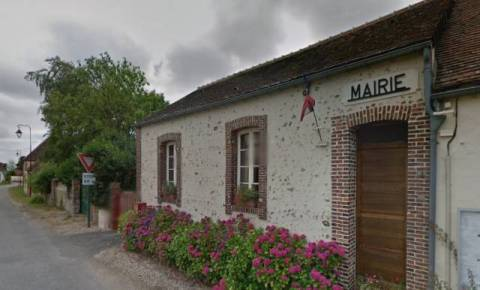 LOUVILLIERS-LÈS-PERCHE - Marie Christine Loyer réélue maire   Radio  Intensité