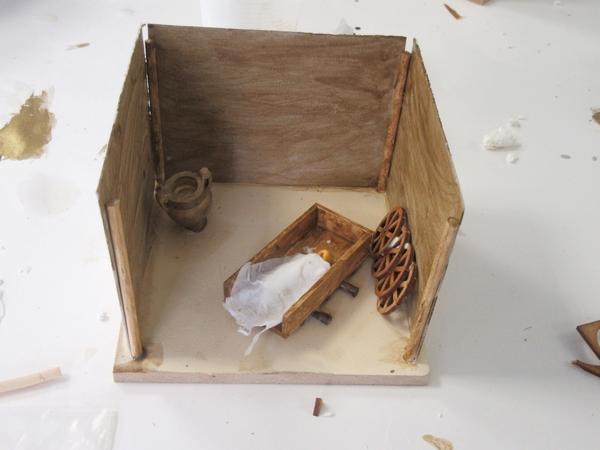Les enfants d'Etalente ont construit la maquette de la tombe de la Dame de Vix au Musée du Pays Châtillonnais...