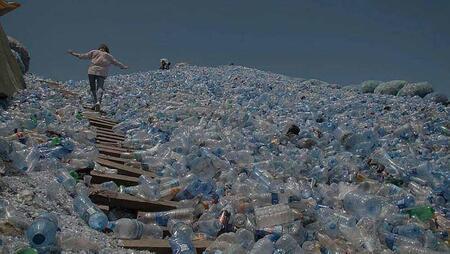 Cash Investigation. Le recyclage du plastique