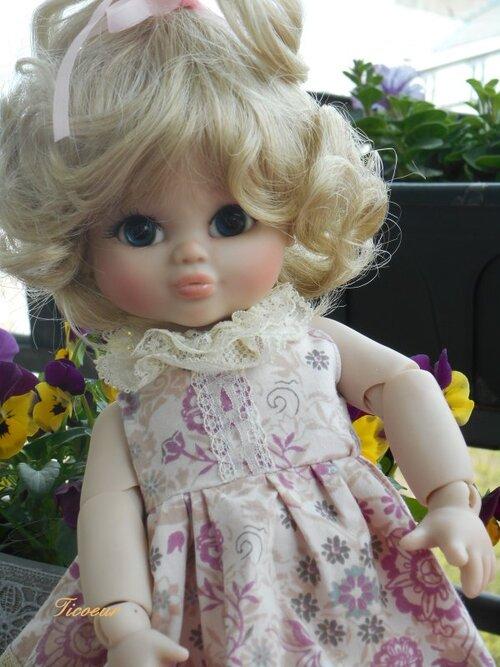 une petite Lilou-Ange de jesliedolls