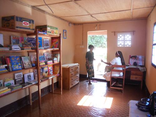 Le nouveau bureau-bibliothèque-infirmerie