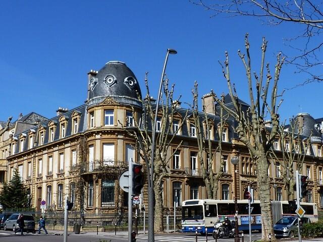 Les grilles de la Trésorerie Générale de Metz 12 Marc de