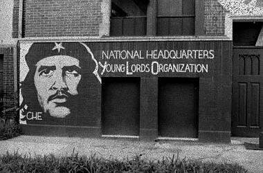 """""""Servir le Peuple"""", """"Pa'lante !"""" : la lumineuse expérience des Young Lords, organisation révolutionnaire de la colonie intérieure portoricaine aux États-Unis"""