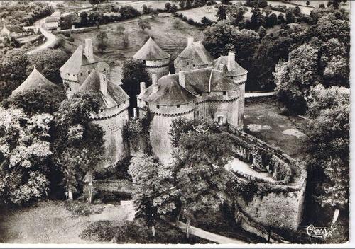 Lassay-les-Châteaux (