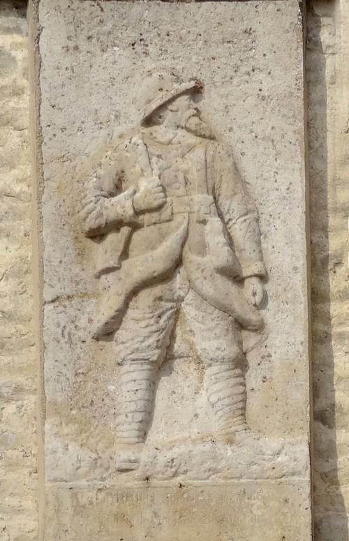 Le monument aux Morts de Vertault