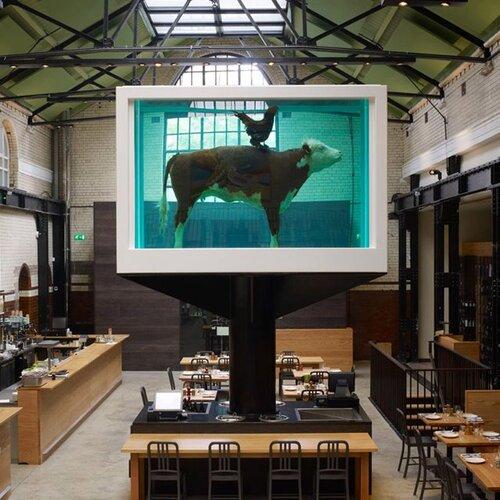 Des vaches dans l'art contemporain