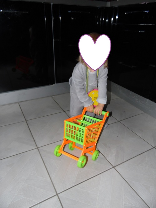 Petite dinette/ marchande jouet pour petites filles