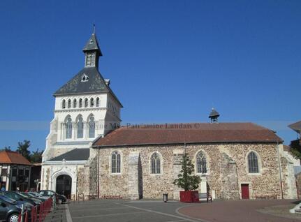 Eglise St Pierre de Parentis en Born