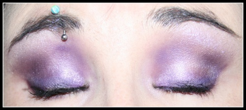 Nat : Pas de violet sur les yeux bleus?