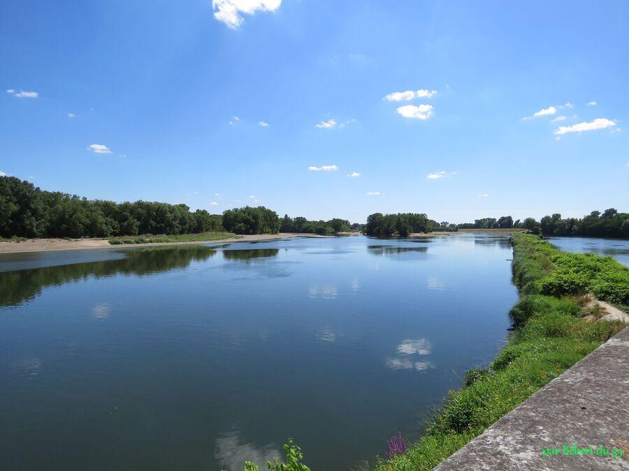 Charité sur Loire (58) -1