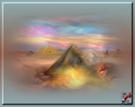 EG0007 - Tube pyramide misted