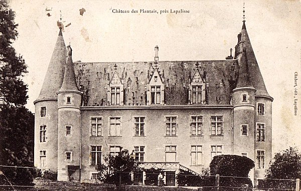 Chateau-des-Plantais-copie-1.jpg