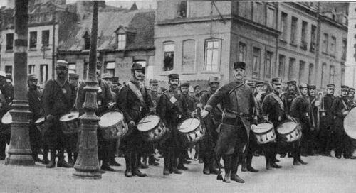 Août 1914: visite chez les territoriaux cantonnés à Calais