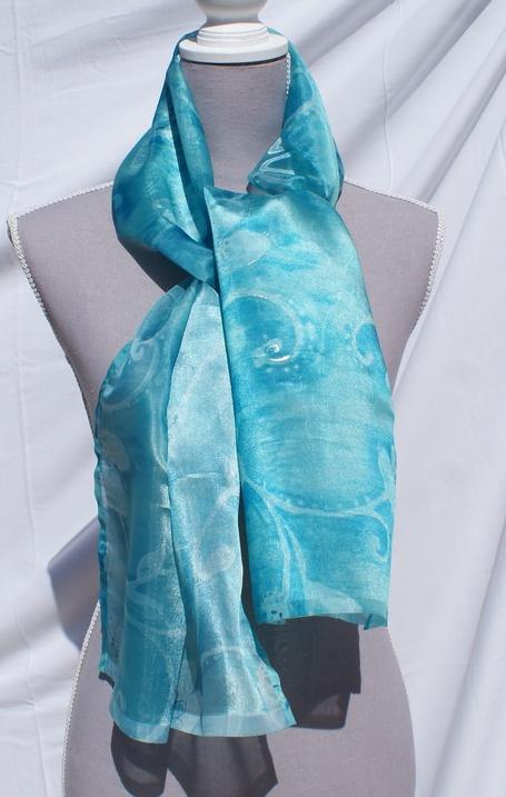 Echarpe polyester en sublime camaïeu de turquoises